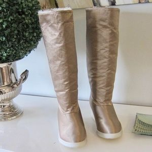 LINDA LUNDSTROM SHEARLING KNEE HIGH SNOW BOOTS